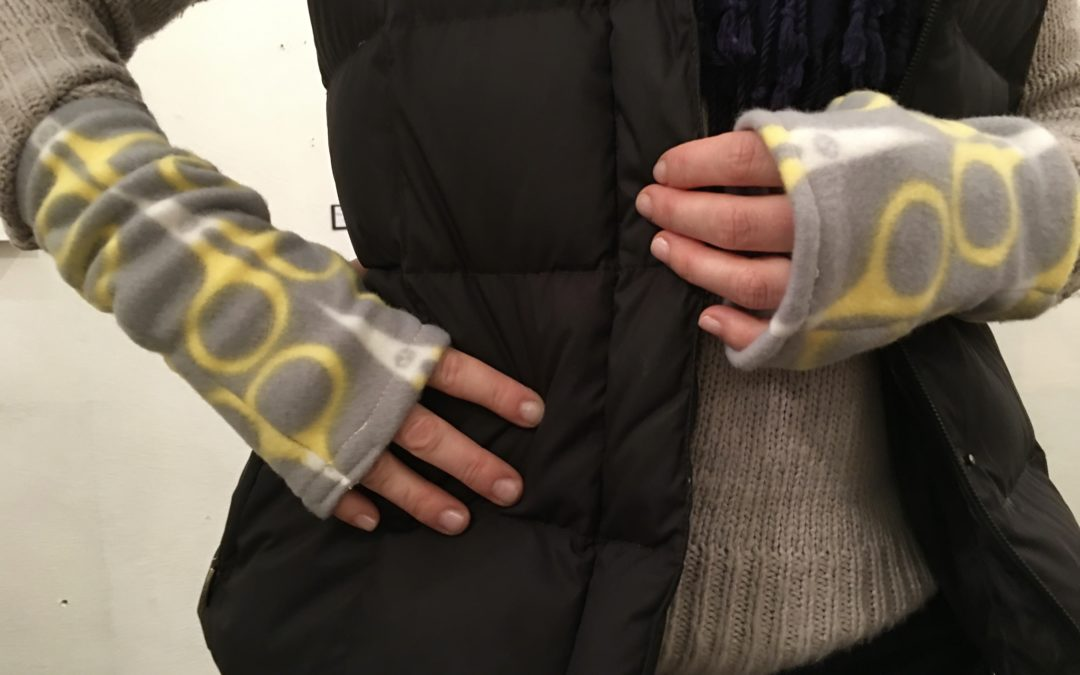 DIY Fingerless Gloves at February's Feeling Crafty Adult Craft Social